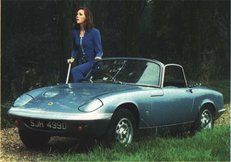 lotus elan, the avengers, emma peel